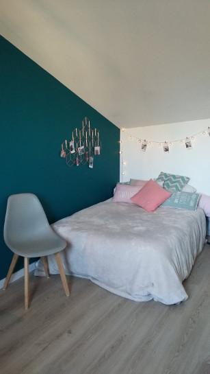 Anne Laure - Bordeaux Room